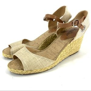 Lucky Brand espadrille canvas wedges size 9.5